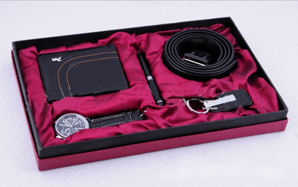 5 Piece Men's Gift Set - Watch, Wallet, Belt, Pen, Key Chain ...